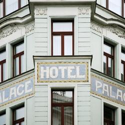 Art_Nouveau_Palace_Hotel_-_exterior_detail